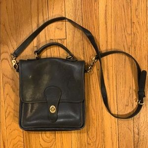 Navy station coach bag